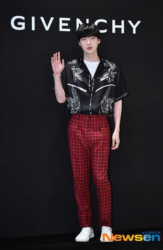 Goo Hye Sun xóa bài đăng về tin ly hôn, Ahn Jae Hyun rút khỏi dự án phim đóng cùng Oh Yeon Seo? ảnh 1