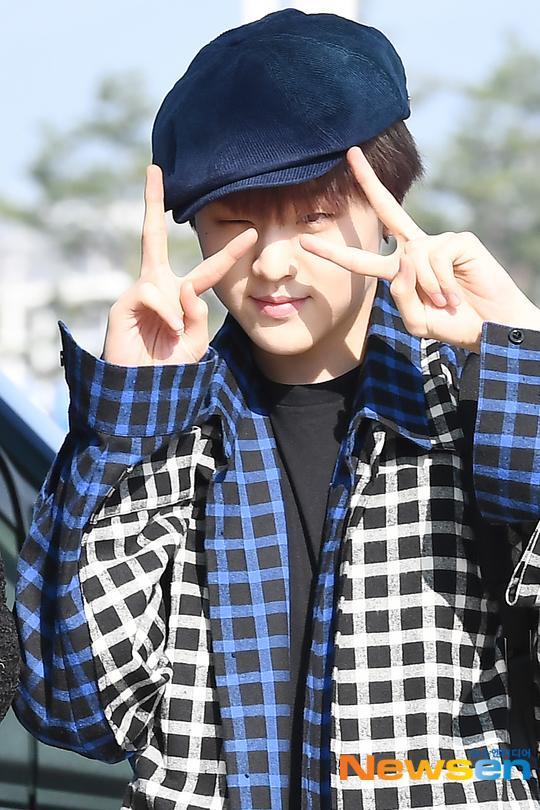 Chết cười với bộ ảnh thiếu ngủ của X1 tại sân bay, cùng Kim Jae Hwan (Wanna One) đến Nhật ảnh 20