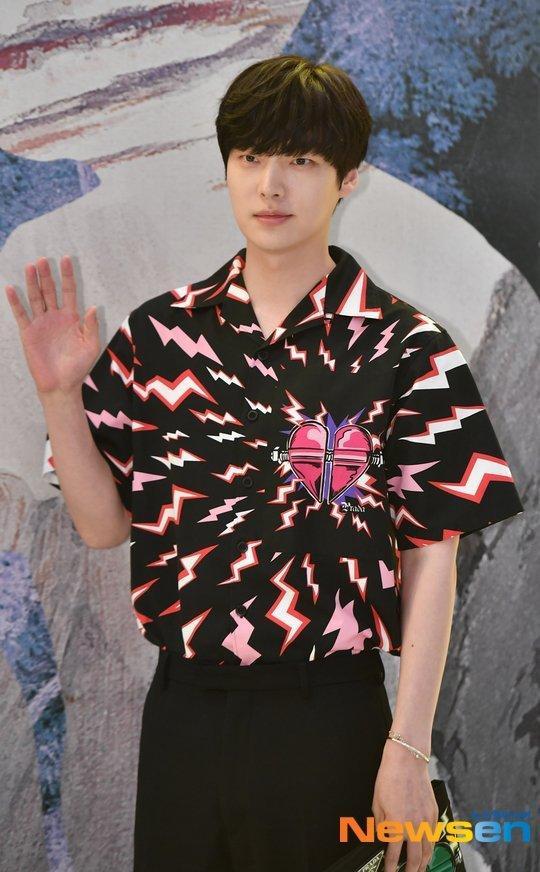Ahn Jae Hyun rút khỏi Tân tây du ký mùa 7 sau scandal ly hôn Goo Hye Sun ảnh 1