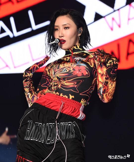 Hwasa (Mamamoo) lên tiếng việc không mặc đồ lót nơi công cộng: Knet phản ứng bất ngờ! ảnh 3