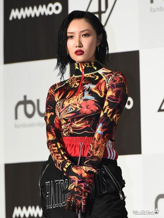 Hwasa (Mamamoo) lên tiếng việc không mặc đồ lót nơi công cộng: Knet phản ứng bất ngờ! ảnh 4