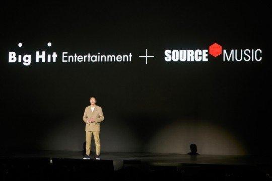Big Hit sẽ hợp tác cùng Source Music ra mắt nhóm nhạc nữ mới.