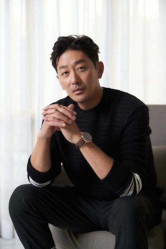 Sao Thử thách thần chết Ha Jung Woo bị cảnh sát điều tra vì sử dụng chất nghiện propofol ảnh 0