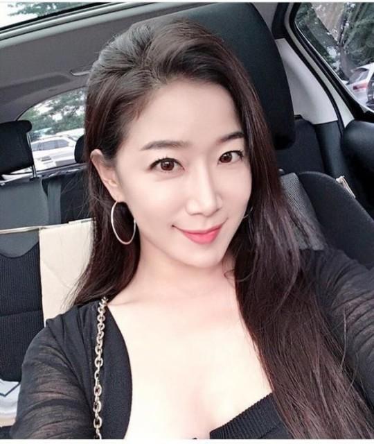 Kim Ha Young.