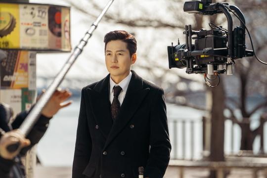 The King: Hậu trường đẹp hút hồn của Lee Min Ho  Kim Go Eun, chuẩn bị cày ngay và luôn! ảnh 10