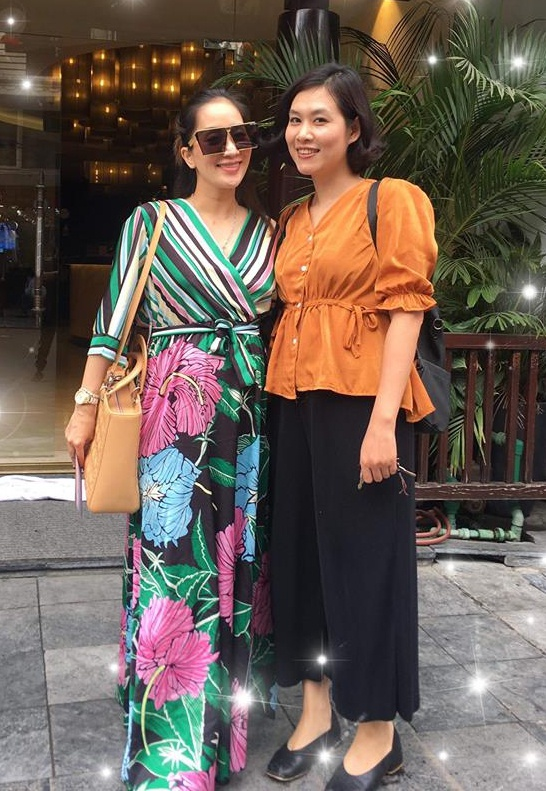 Khánh Thi và Hà Hương chơi thân với nhau suốt 25 năm.