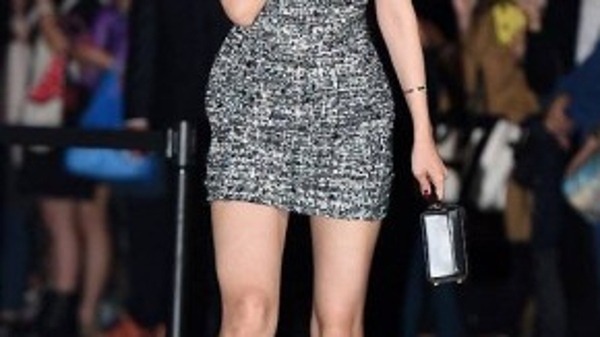 Nữ ca sĩ sinh năm 1994 là người đầu tiên được công bố là thành viên A Pink. Ngoài ca hát, Son Na Eun còn tham gia đóng phim nhưng không được đánh giá cao về diễn xuất.