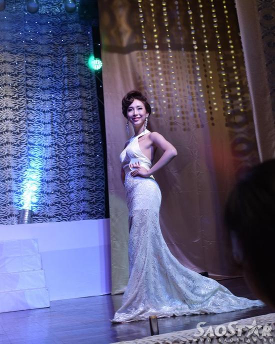 Kiều nữ An Giang trở thành hoa hậu chuyển giới đầu tiên ở Việt Nam ảnh 4