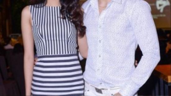Cặp đôi Siêu mẫu Lan Khuê và Ngọc Tình rạng rỡ tham dự buổi hội thảo.