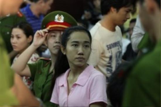 Hình ảnh Mỹ Xuân trong phiên tòa xét xử.