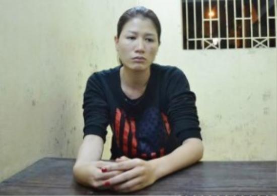 Trang Trần đã tỏ rõ thái độ ân hận, và viết kiểm điểm xin lỗi lực lượng chức năng, người hâm mộ tại trụ sở công an quận Hoàn Kiếm – Hà Nội.