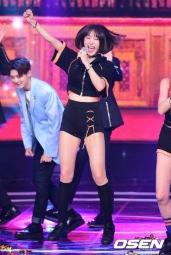 Hani được nhiều fan gọi bằng cái tên Hani oppa/hyung – đều là các danh xưng dành cho nam giới.
