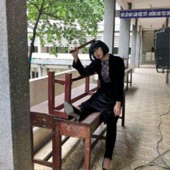 Cô giáo Khánh xuất hiện trong teaser thứ 2 của Trái tim nhân mã.