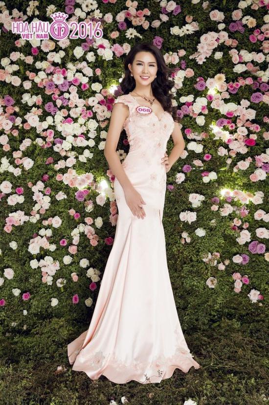 """Với thần thái và sự tự tin của mình, nhiều dự đoán Vân Anh sẽ """"làm nên chuyện"""" trong đêm chung kết Hoa hậu Việt Nam 2016."""