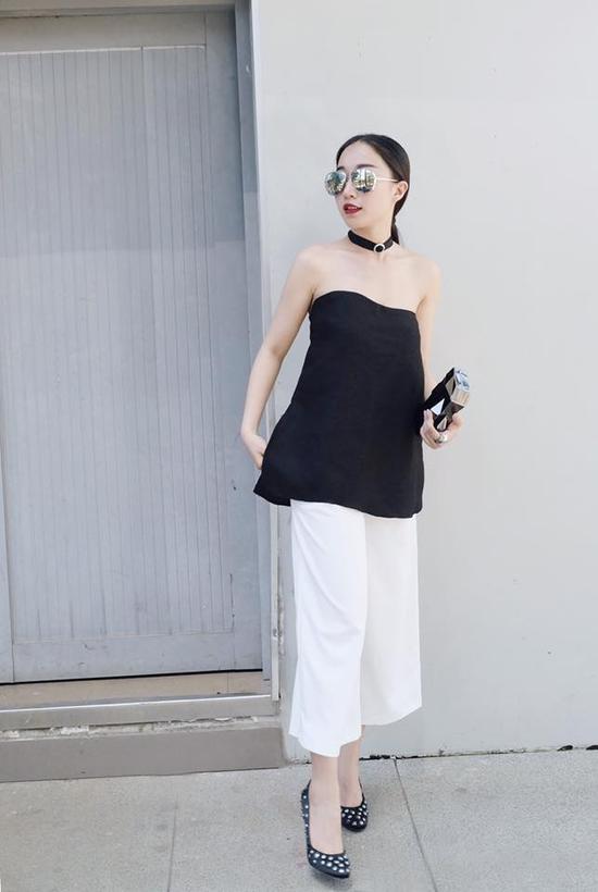 Các stylist Việt biến hóa trang phục thế nào chỉ với một signature item ảnh 11