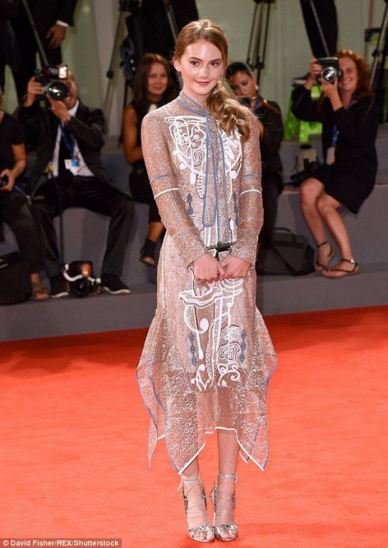 Nữ diễn viên 14 tuổi người Anh Emilia Jones.