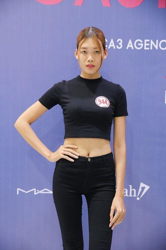 Chân dài Nguyễn Hợp cũng tham gia buổi casting này.