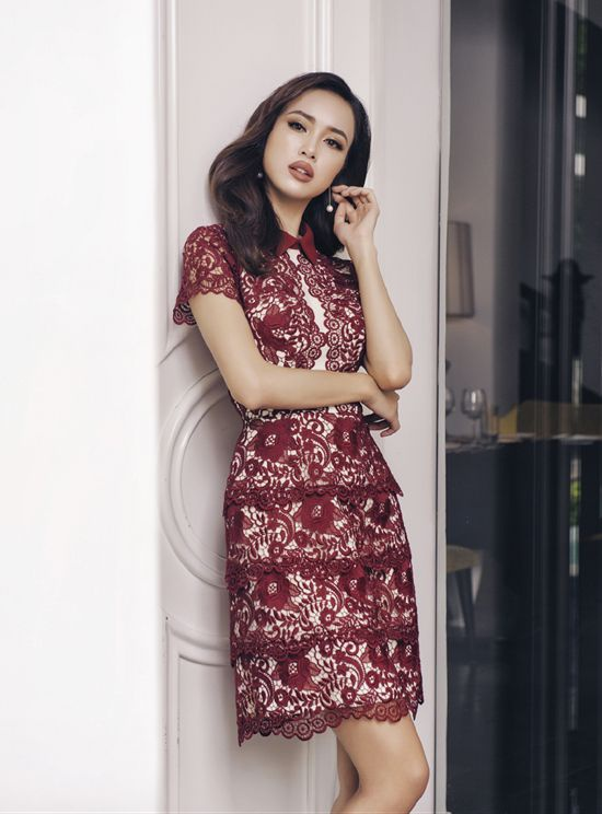 Vũ Ngọc Anh quyến rũ đến ngẩn ngơ khi diện đầm ngắn của Lê Thanh Hòa ảnh 2