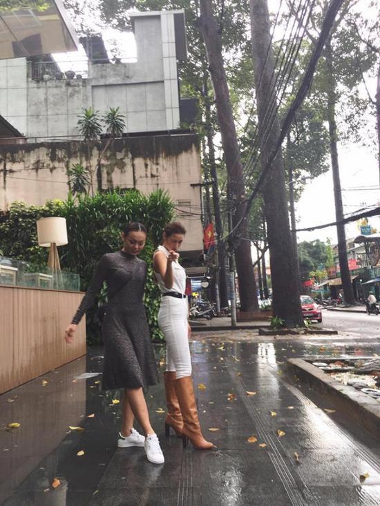 Đôi bạn thân mới của làng giải trí: Lilly Nguyễn và Mai Ngô.