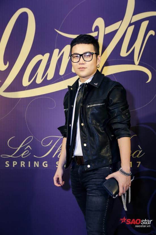NTK Chung Thanh Phong trẻ trung với jacket da.