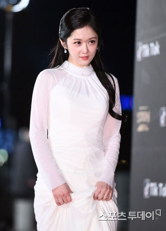Rộ tin Jang Nara và Kim Nam Gil đám cưới vào tháng 11, Dispatch nói gì? ảnh 5