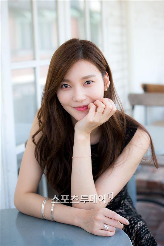 Đường Tăng Oh Yeon Seo sẽ cặp kè với chồng Goo Hye Sun Ahn Jae Hyun Cha Ye Ryun đóng vai chính đầu tiên sau 15 năm ảnh 5