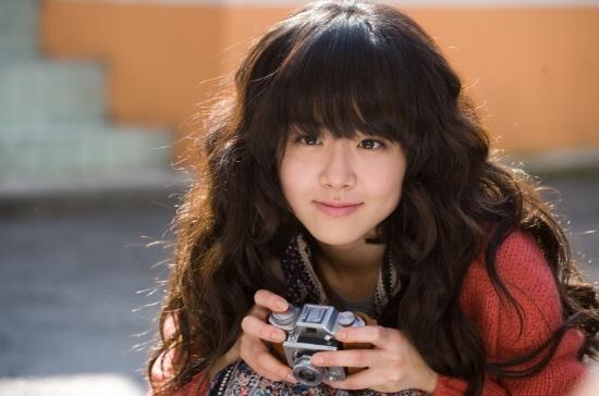 Truyền thông Hàn: Moon Geun Young, em gái quốc dân vĩnh cửu của chúng tôi ảnh 17