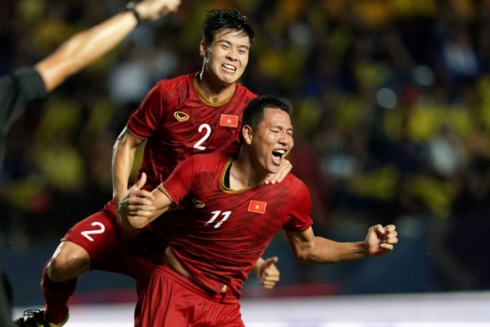 Việt Nam tăng thêm 1 bậc trên BXH FIFA nhờ thắng Thái Lan.