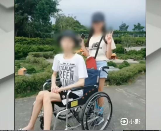 Thiếu niên ung thư gan chấp nhận cái chết vì viện phí quá cao, không muốn mẹ phải khổ cực ảnh 0