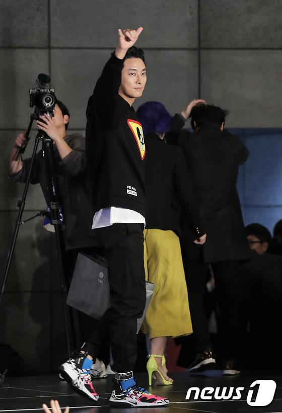 Vượt bão Kong-rey, Han Ji Min  Yoo Ah In, Joo Ji Hoon và Kim Go Eun gặp gỡ khán giả tại LHP Busan ngày 3 ảnh 16