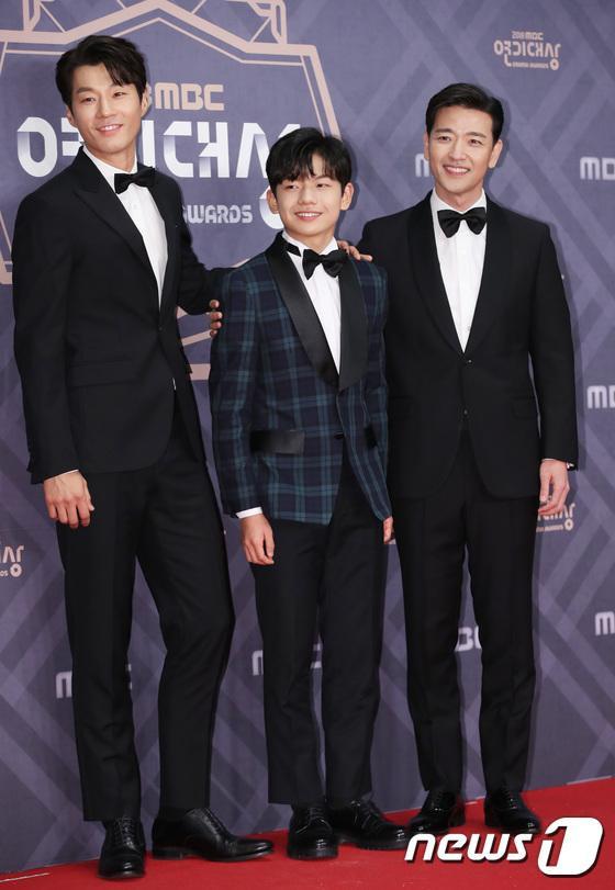 Lee Chun Hee, Hwang Suk Hyun và Bae Soo Bin.
