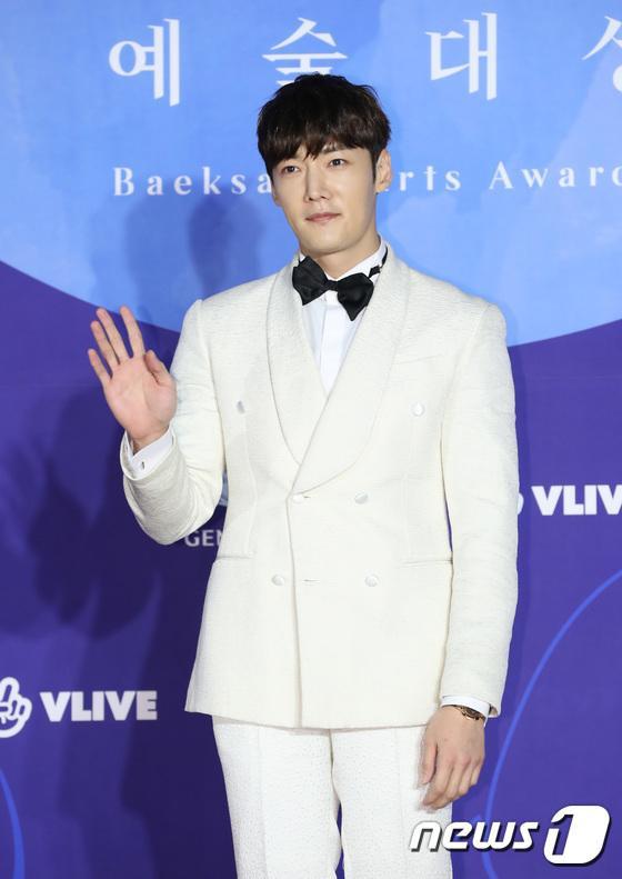 Choi Jin Hyuk.
