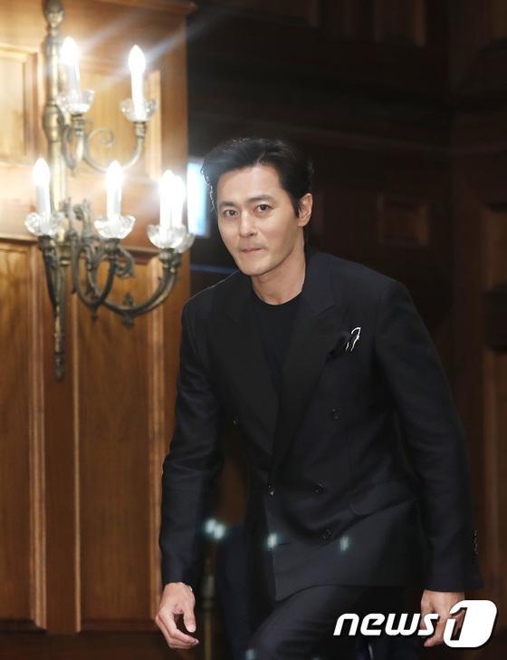 Jang Dong Gun.