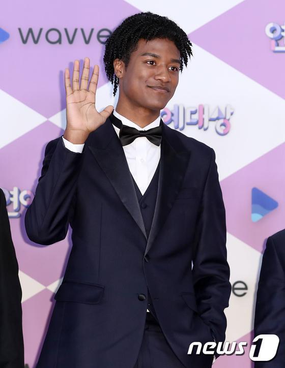 Người mẫu Han Hyun Min.