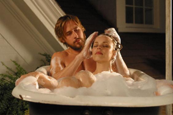 Ryan Gosling khoe thân hình vạm vỡ trong phimThe Notebook.