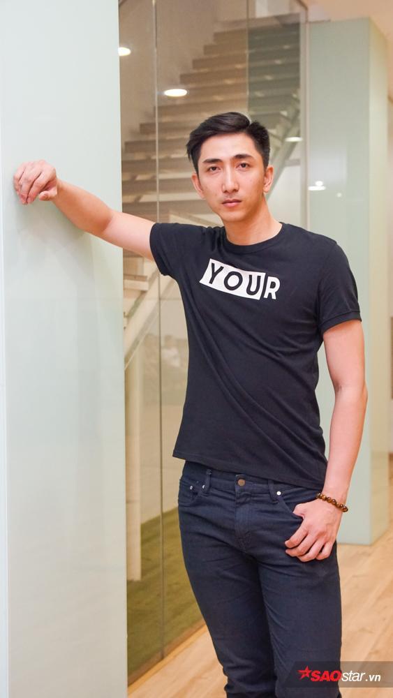 """Huỳnh Cường – thí sinh có chiều cao """"khủng"""" nhất cuộc thi năm nay – 1m97."""