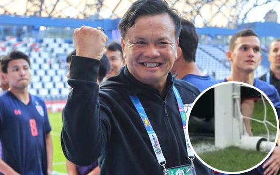 HLV Thái Lan yểm bùa nhưng bị PV phát hiện.