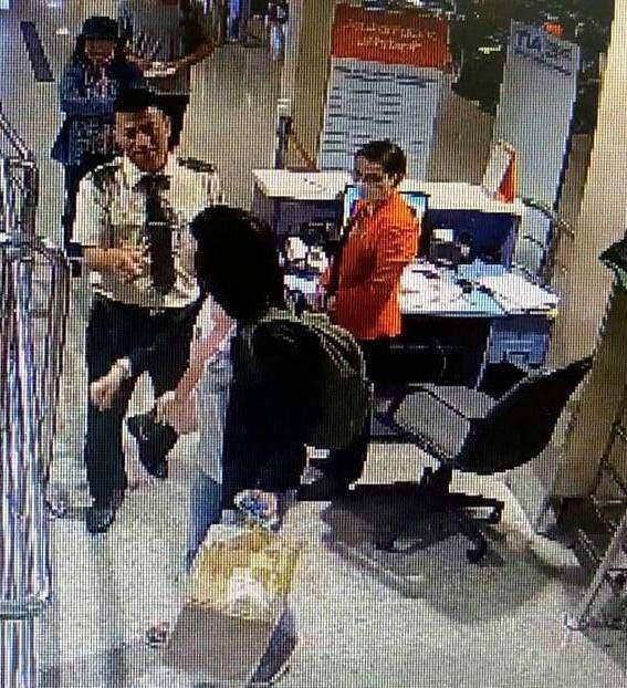 Vị hành khách này được cho là đã đem vượt quá số ký hành lý theo quy định của hãng