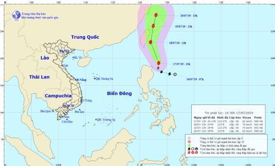 Bão Danas mạnh thêm, khả năngbão chồng bão trên biển Đông. (Ảnh:Trung tâm Dự báo khí tượng thủy văn quốc gia).