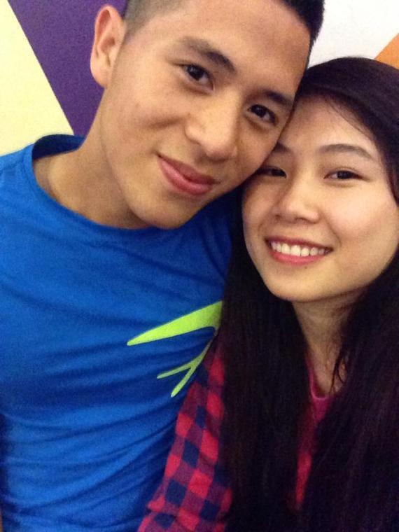Đình Trọng và Trang heo quen nhau từ hồi còn ngồi trên ghế nhà trường. Cả hai công khai mối quan hệ hẹn hò từ hồi tháng 4 năm 2015.