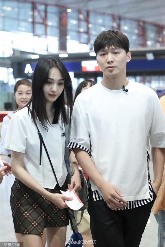 Trịnh Sảng và Trương Hằng luôn sánh bước bên nhau mỗi nơi