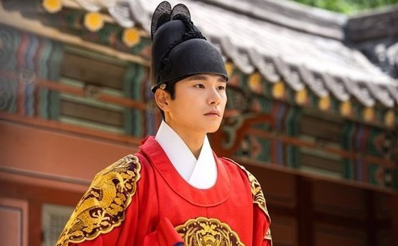 Có tận 2 cameo trong tập mới nhất, Hotel Del Luna của IU và Yeo Jin Goo đạt rating cao nhất ảnh 1