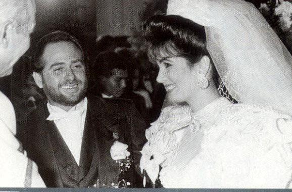 Ảnh chụp đám cưới của người đẹp Tinoco và trùm xã hội đen Duran. Ảnh: Tơme