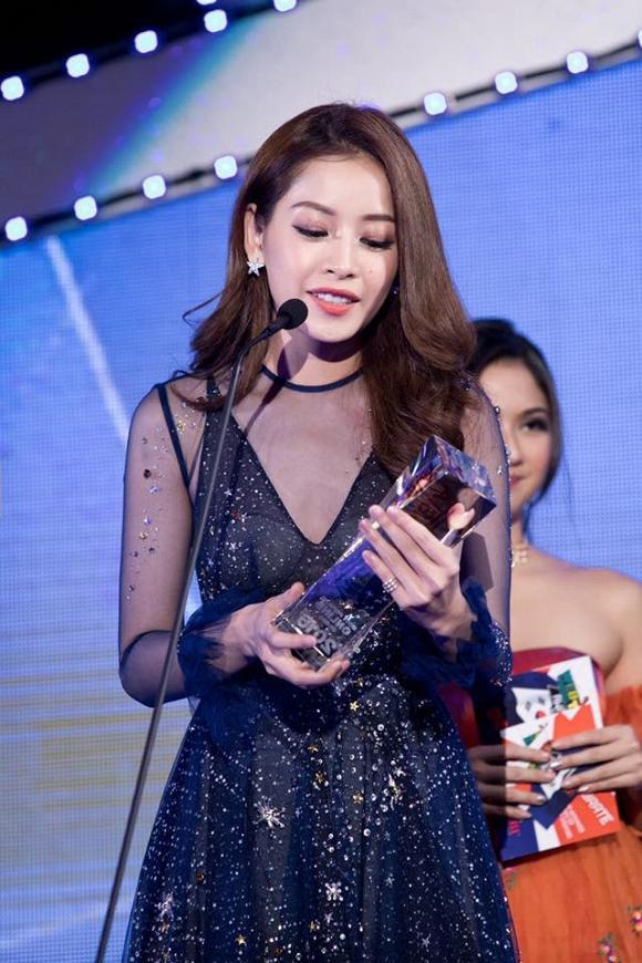 Giải thưởng Most Popular Online Drama – Gương mặt phim mạngvới bộ phim Tỉnh giấc tôi thấy mình trong ai tại lễ trao giải WebTV Asia Awards ở Hàn Quốc ngày 27/11.
