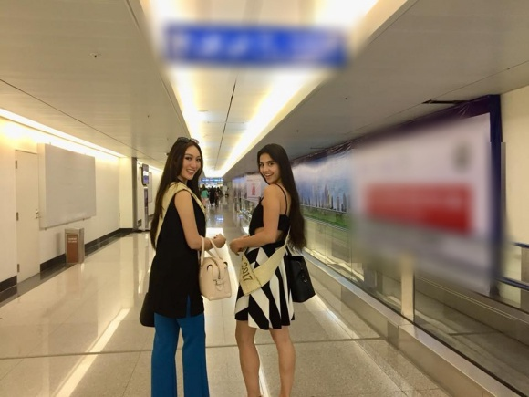 Người đẹp nhạt nhòa thấy rõ khi đứng cùng Hoa hậu Lửa và Hoa hậu Trái đất Belarus.