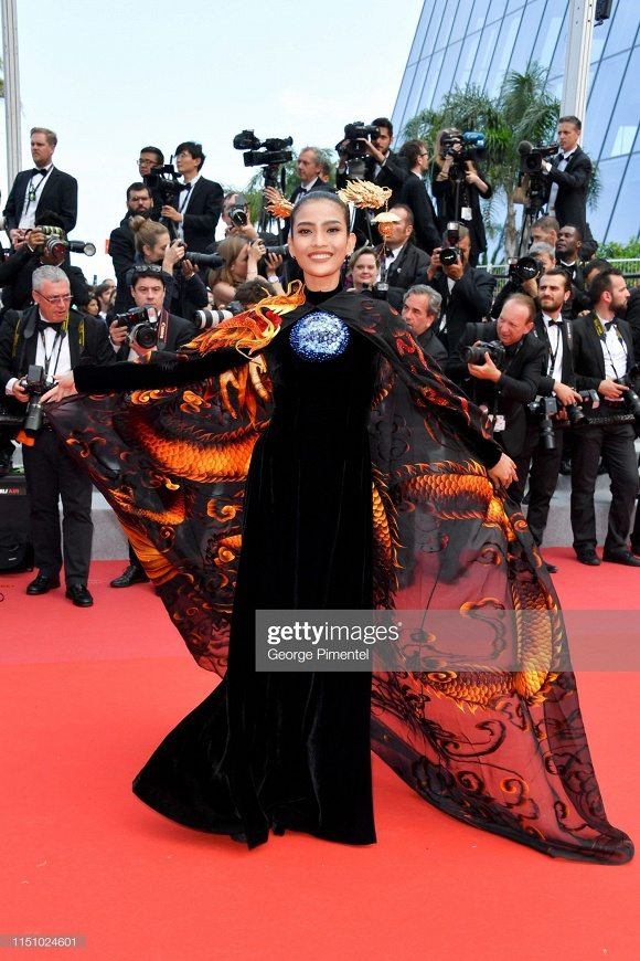 Trương Thị May, Phạm Băng Băng và 'thần thái' khẳng định nữ quyền châu Á trên thảm đỏ Cannes ảnh 1