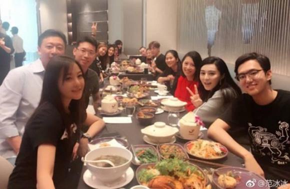 Những nhân viên trong công ty của Phạm Băng Băng.
