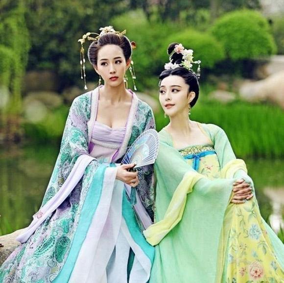Đóng cùng với Võ Mỵ Nương truyền kỳ, Trương Quân Ninh và Phạm Băng Băng vẫn giữ mối quan hệ bạn bè thân thiết sau 5 năm quen biết nhau.