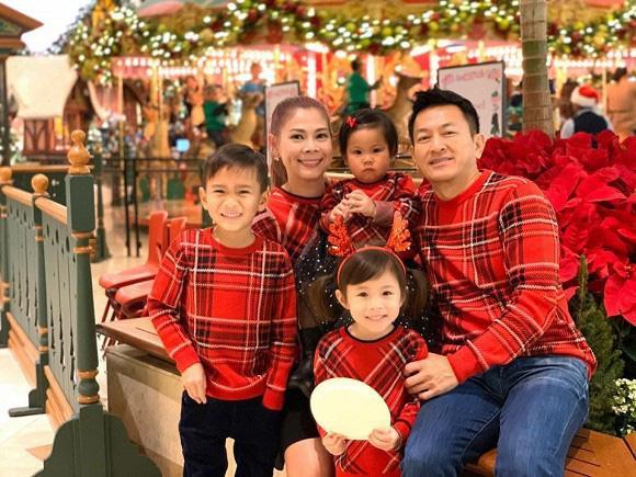 Thanh Thảo nghẹn lòng khi con trai Ngô Kiến Huy và Thụy Anh hỏi: Ai là ba là mẹ của con vậy mẹ? ảnh 1