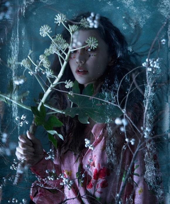Được biết, bộ ảnh này được chụp bởi nhiếp ảnh gia nổi tiếng nhất Trung Quốc Chen Man